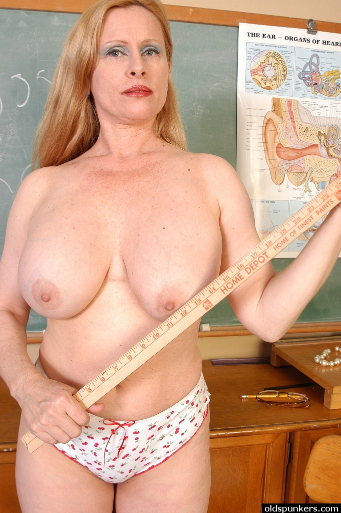 Russian Teachers Nude Boobs Girl Classroom