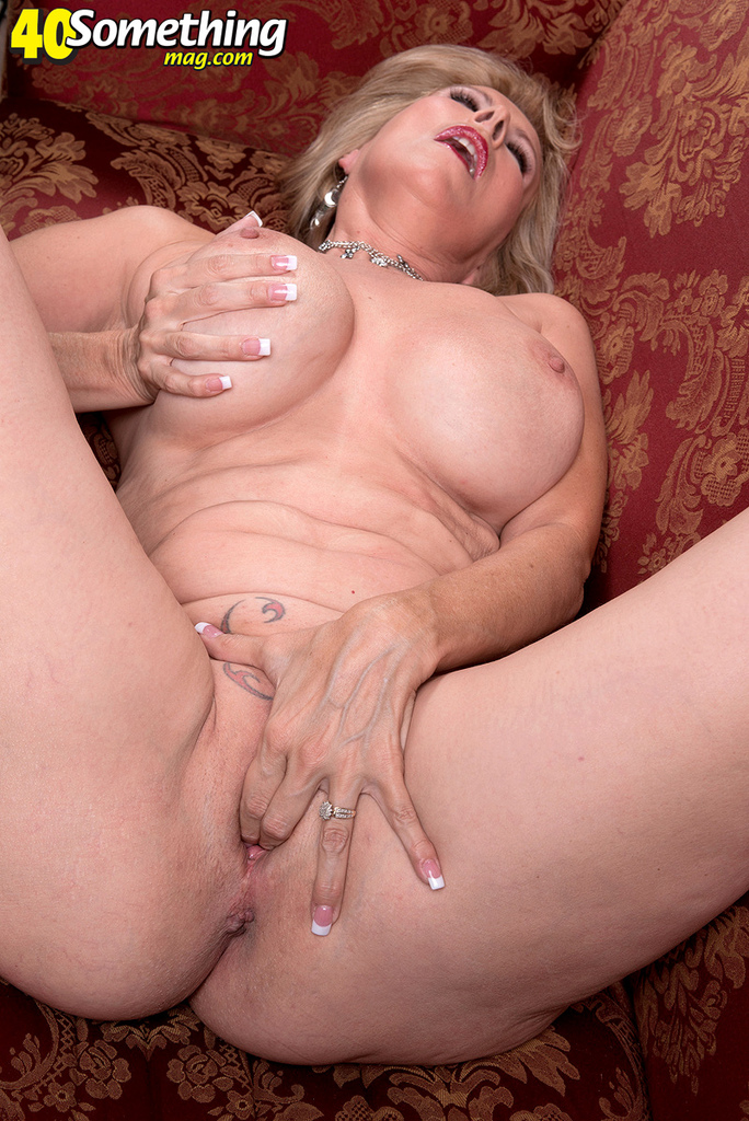 redtube tight pussy gets huge cock