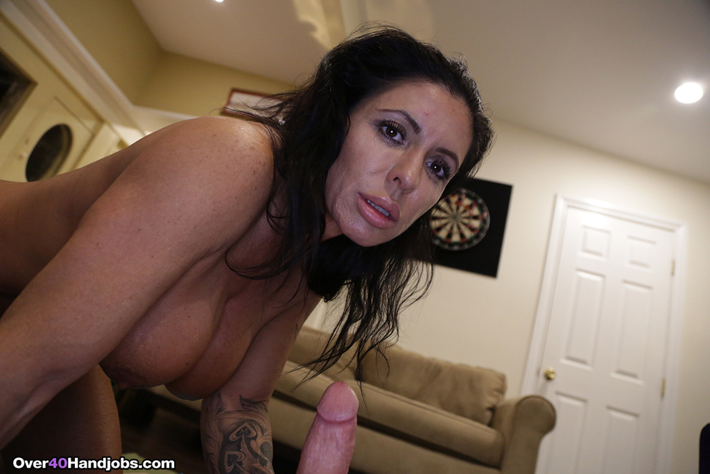 woman-playing-with-pussy