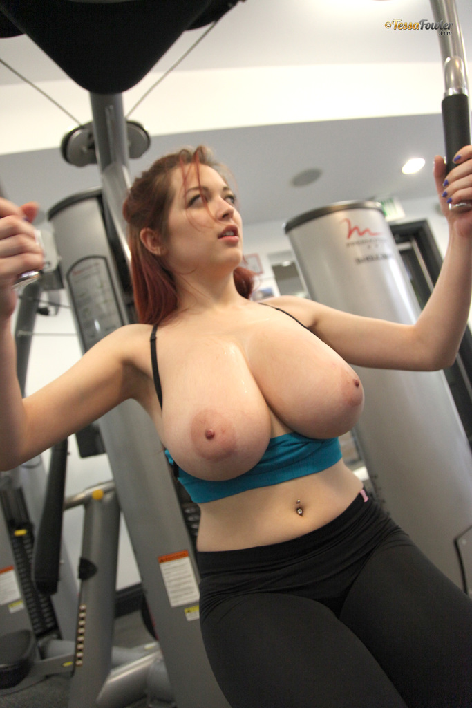 Solo girl Tessa Fowler flaunts her nice melons while ...
