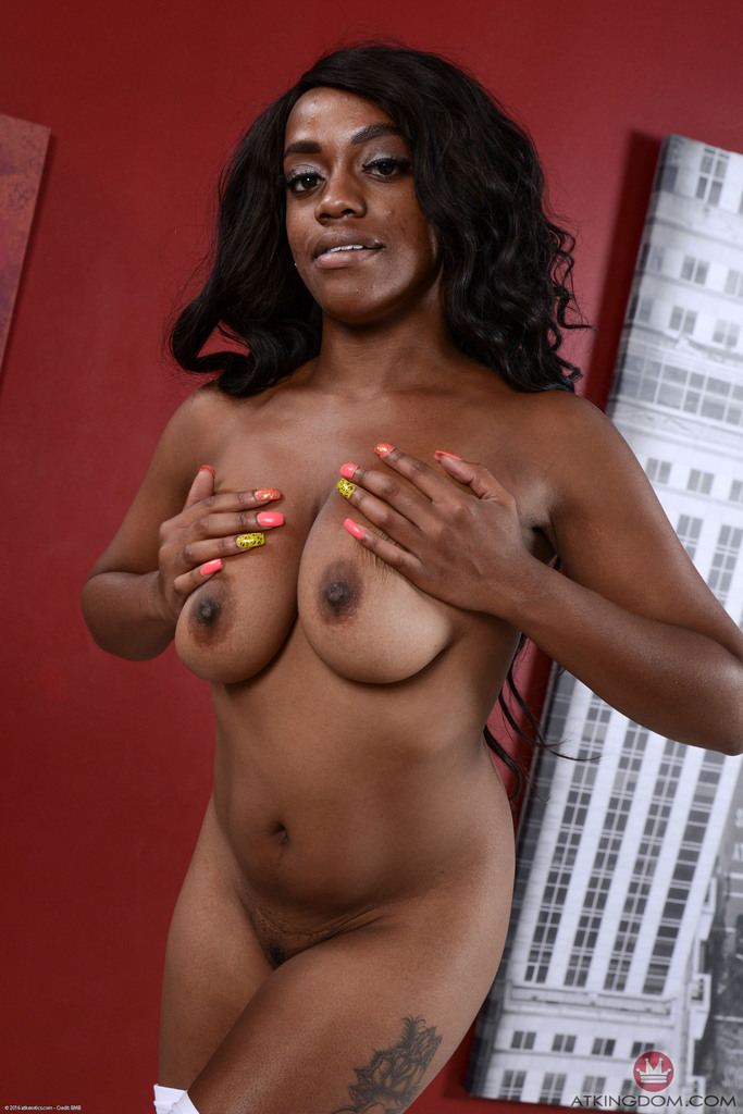 Black amateur Amber Cream shows off her pink pussy after ditching white undies