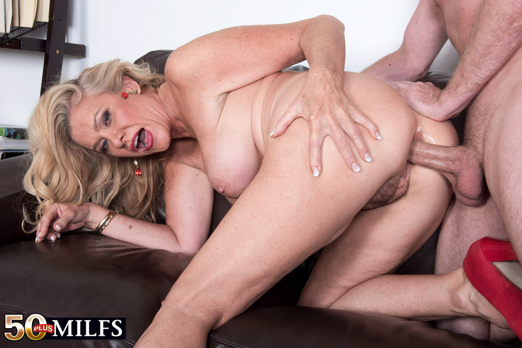 Free exotic movie mature blow job