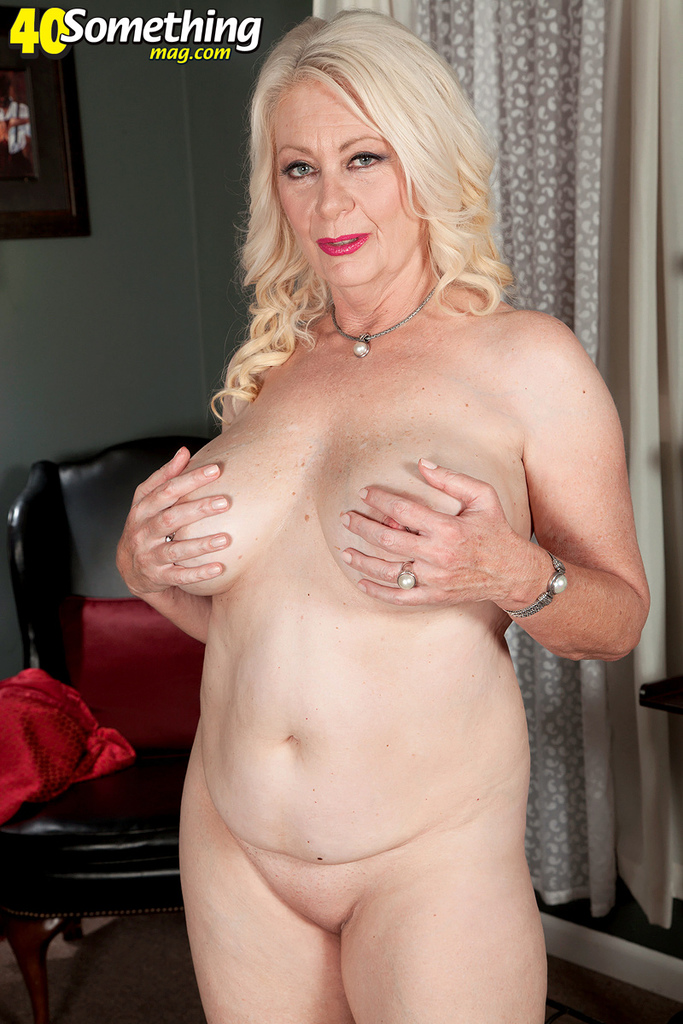 Experienced blonde lady Angelique DuBois teases her ...