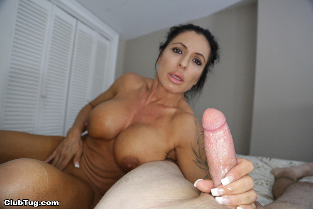 mothers with big tittes that masturbates