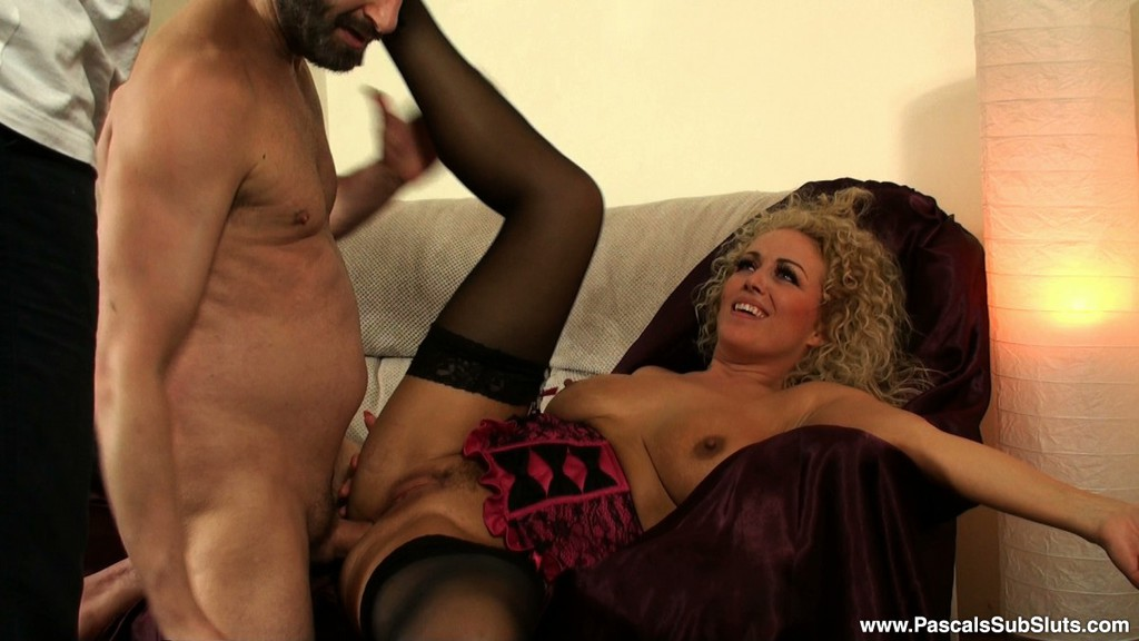 Anal quine at skin video