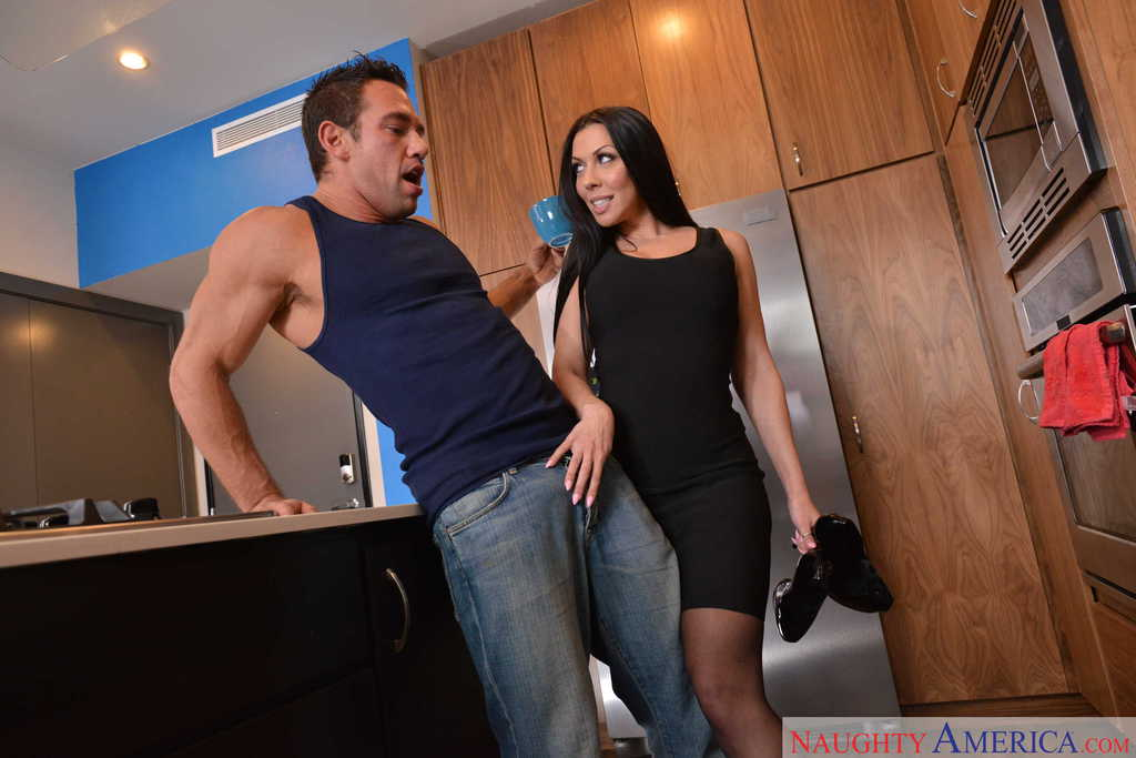 Brunette cougar with fantastic curves Rachel Starr gets cock in mouth and  cunt ...