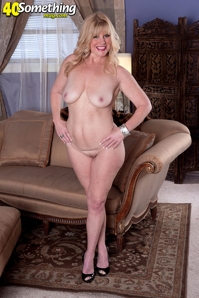 nude women middle age