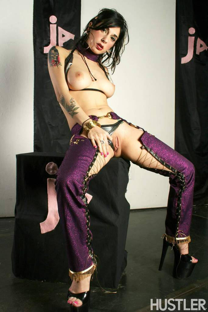 MILF in sexy costume Joanna Angel severe pussy finegring solo cam play