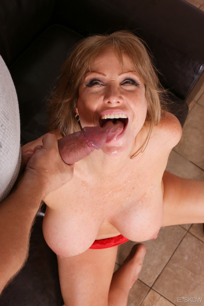 Big titted mature lady