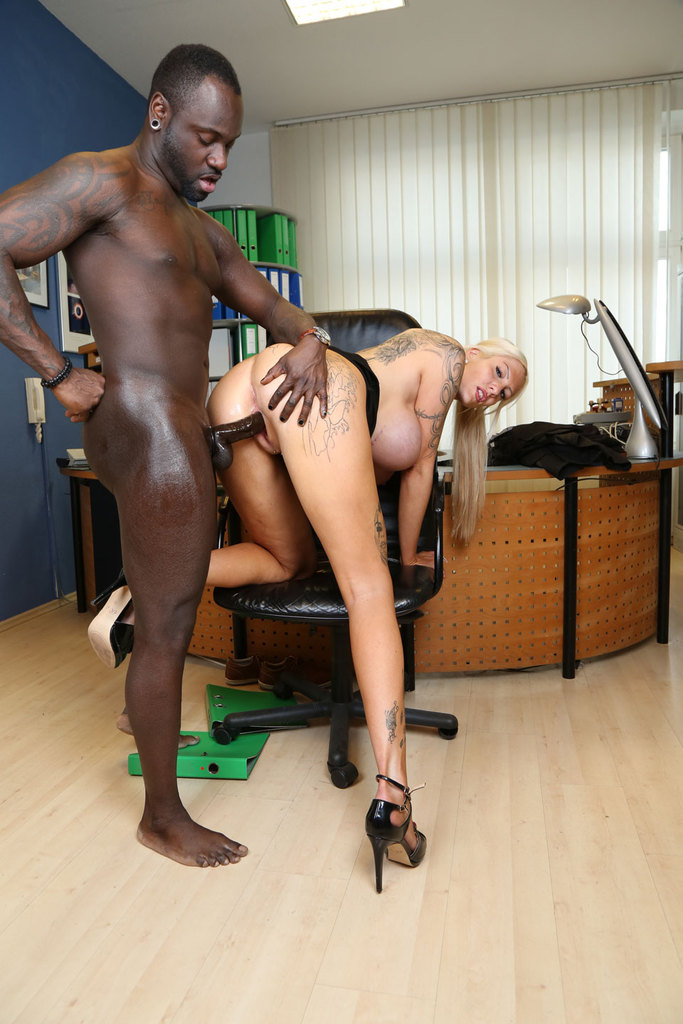 Wild Hardcore Black Boss Sex