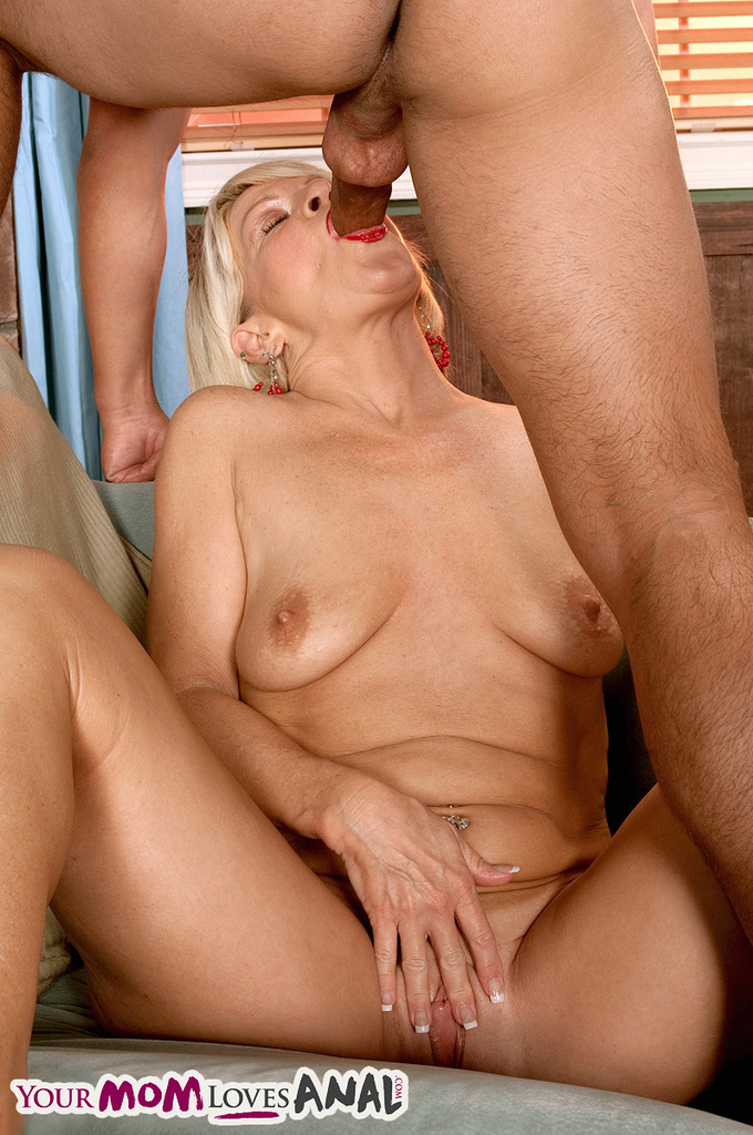 Indian Mature Aunty Boy