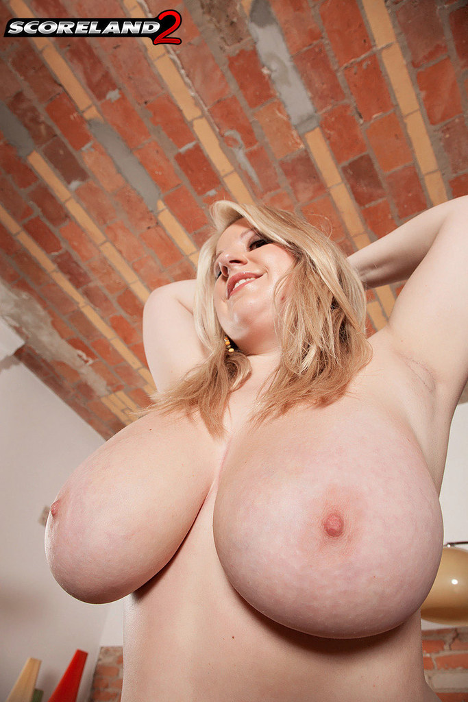 Big fat bbw that i met online riding her big ass - 3 part 9