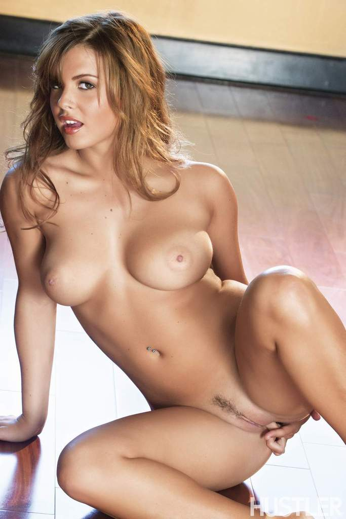Hot babes naked with landing strips think, that