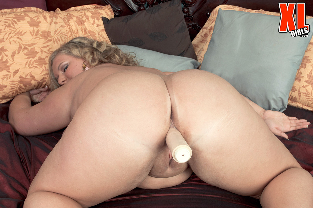 A plump middleaged woman with a wide ass and 2 guys 10