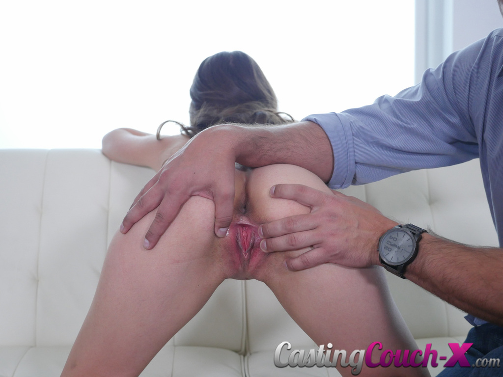 girl gets fucked on couch