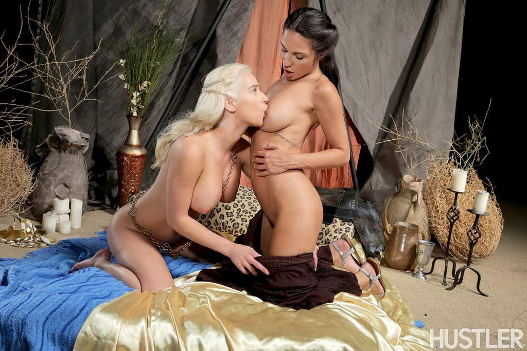 Lesbian sex game of thrones