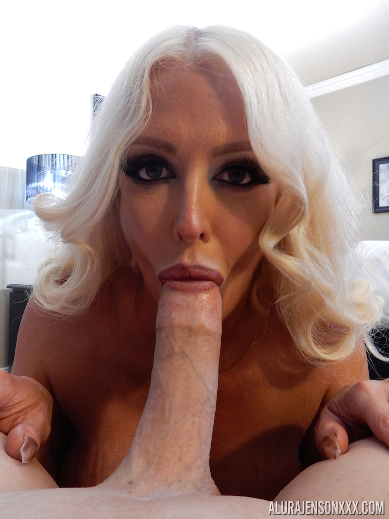 platinum blonde pornstar alura jenson pleases a big cock