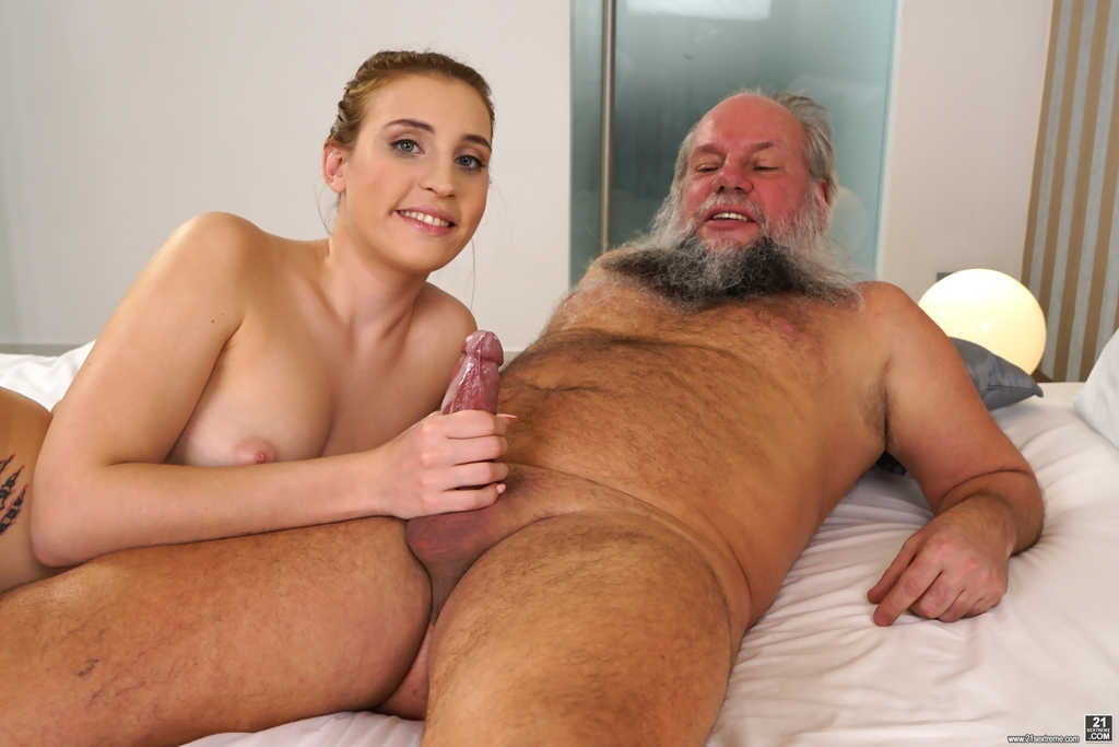 nude-and-young-slut-old-man-facial