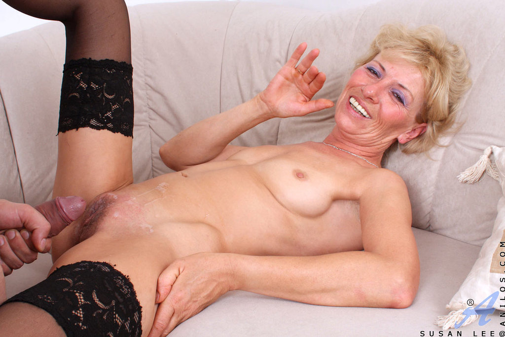 Porn twin milfs share one cock