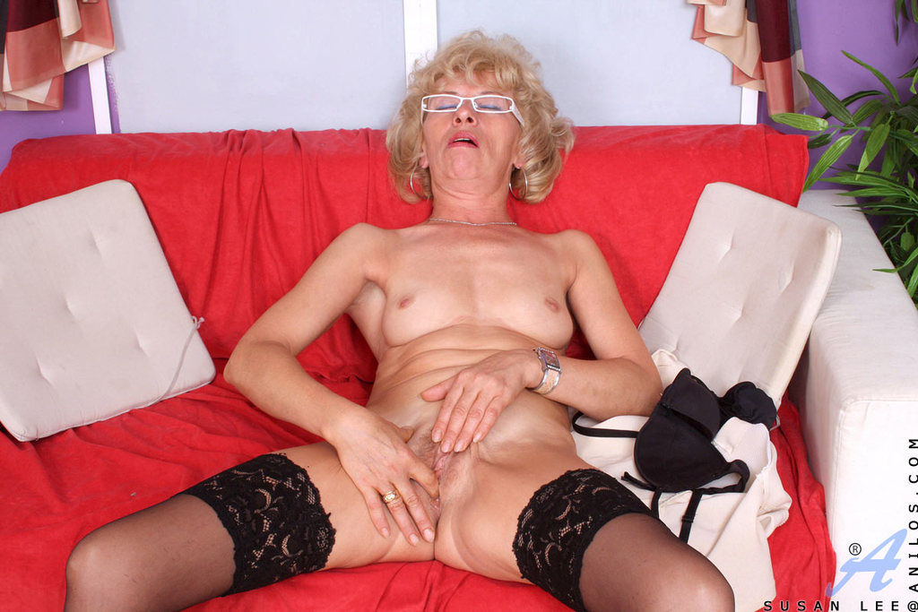Brother creampies sisters pussy