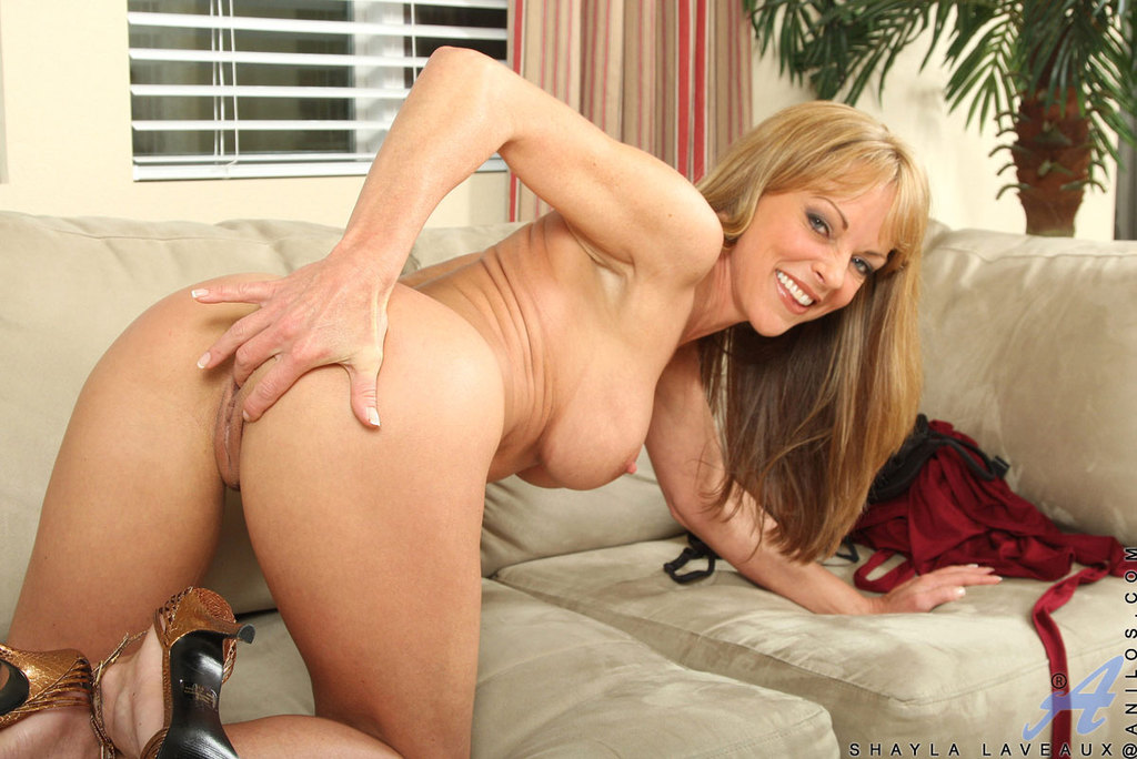 Adult hairy movies thumbs free