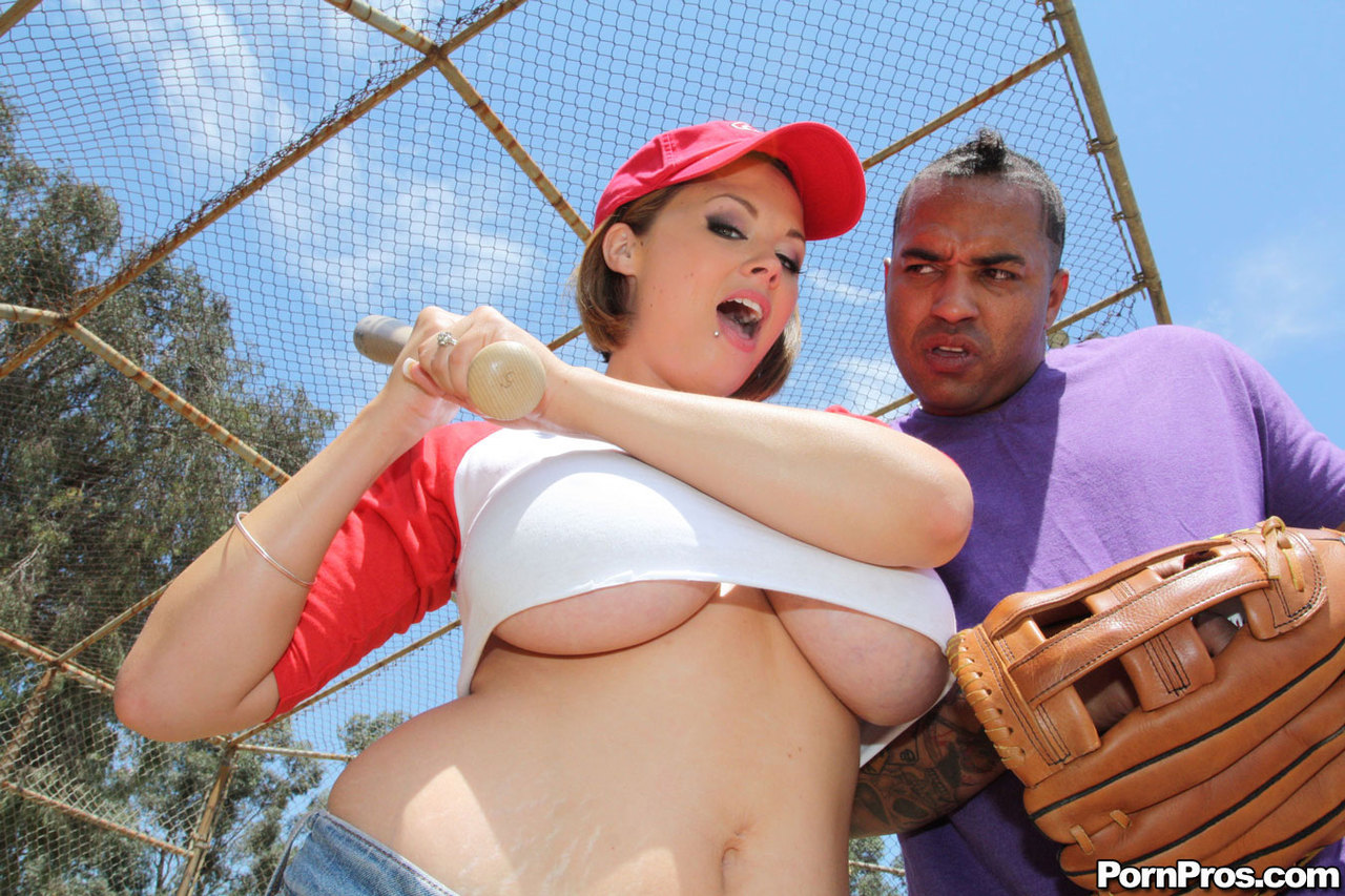 Baseball player bangs a slutty fan in the ass 8