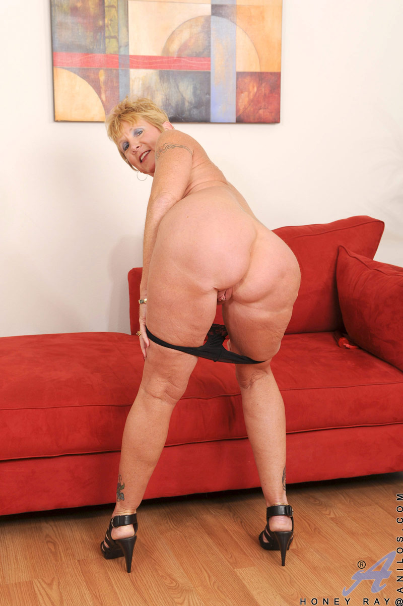 anilos granny ... Short haired blonde granny Honey Ray freeing big tits and ass from  lingerie ...