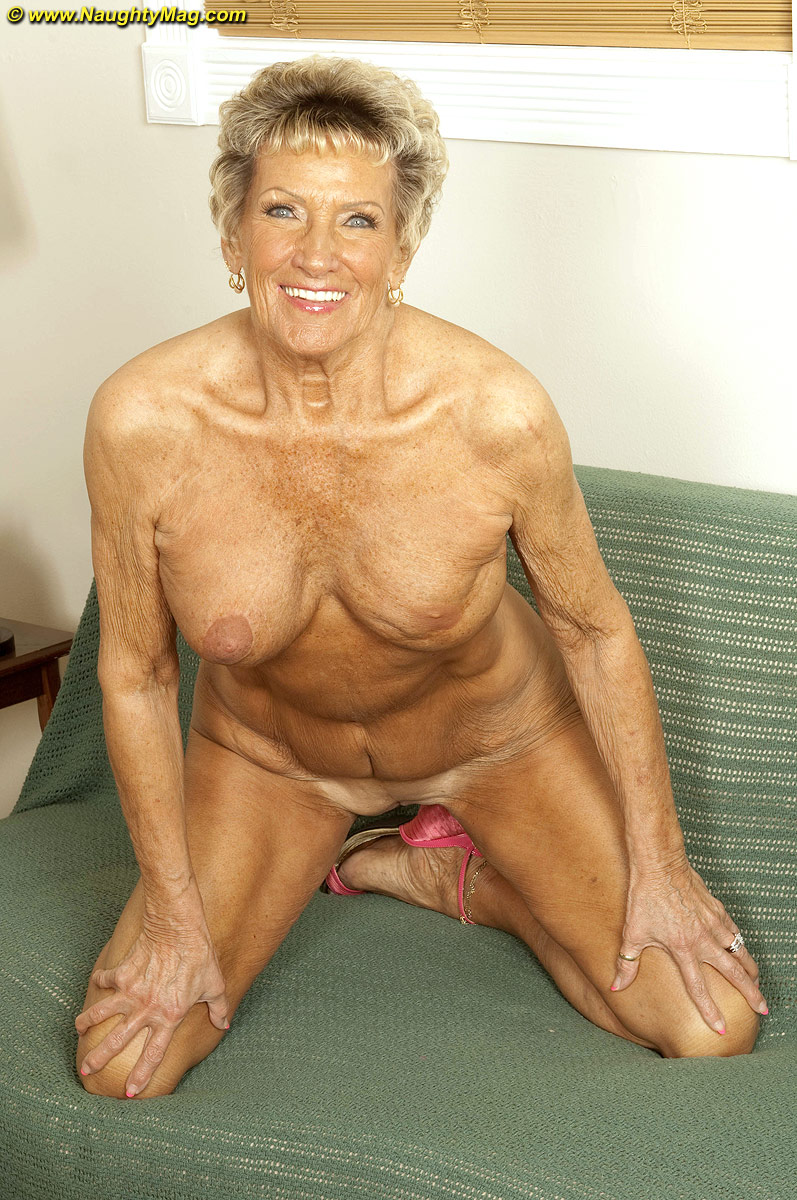 muscle short haired granny posing nude on the cam like a