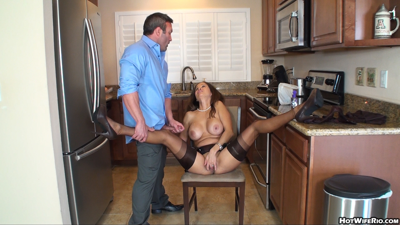 Hot housewife fucking in her kitchen