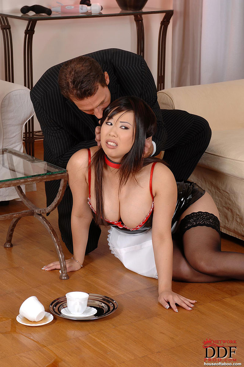 sexy naked asian maid