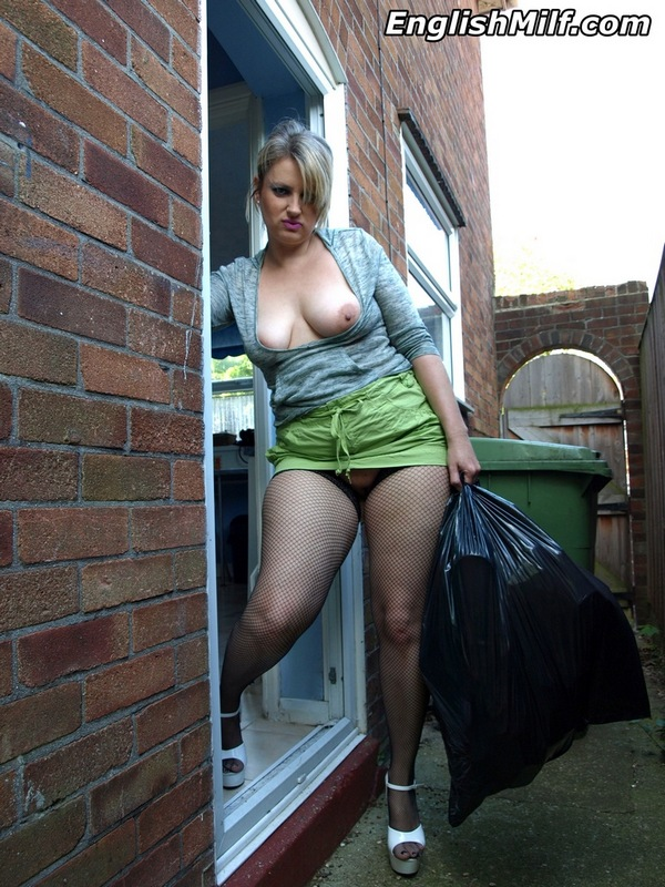 Thick british milf