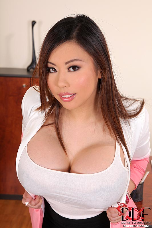 Sexy boobs chinese