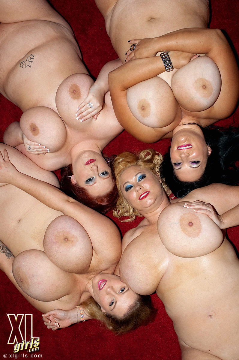 bbw strip Fotos group