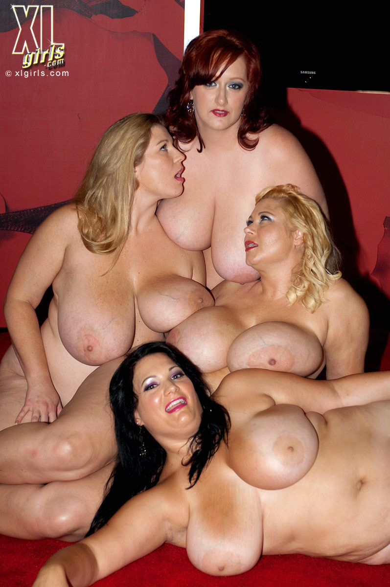 bbw Fotos group strip