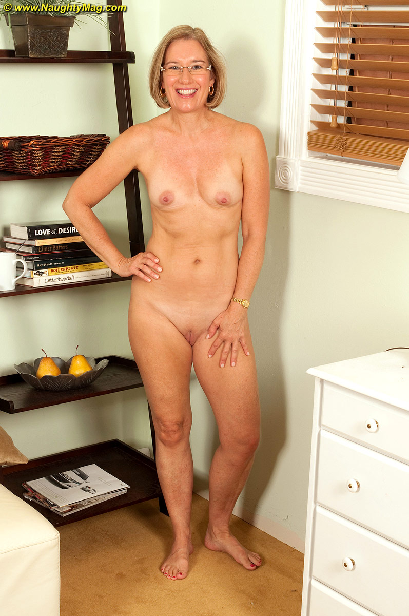 Mature photographic models
