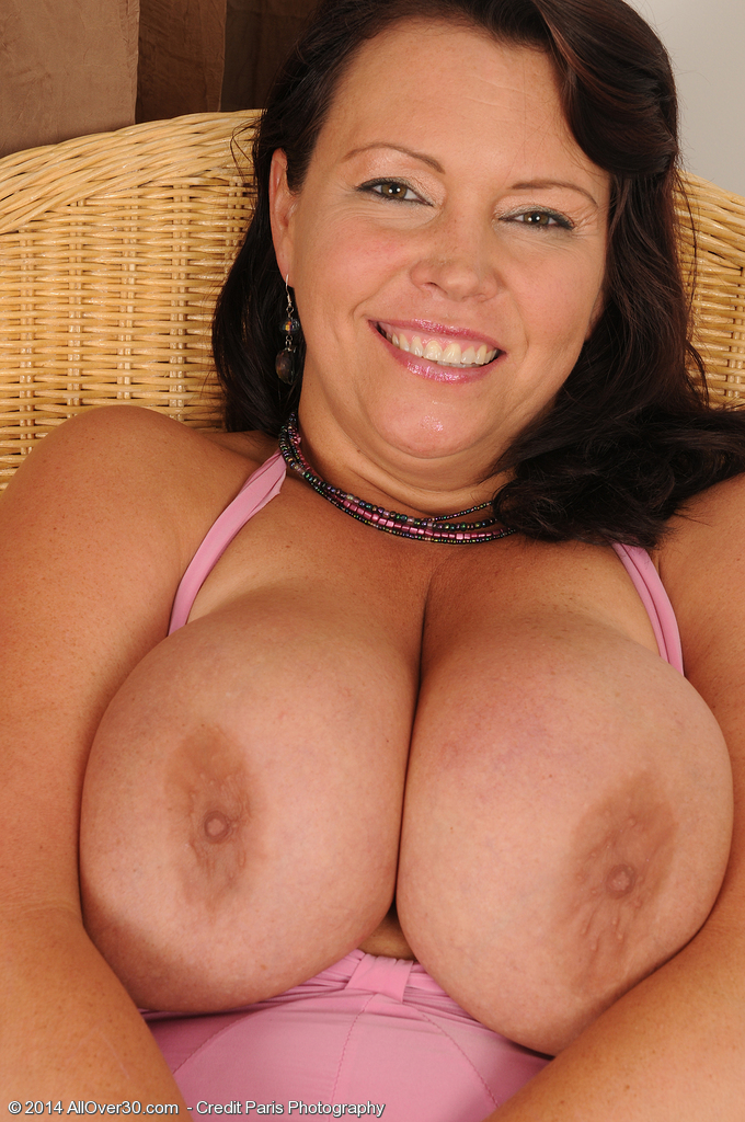 Angelica sin boobs