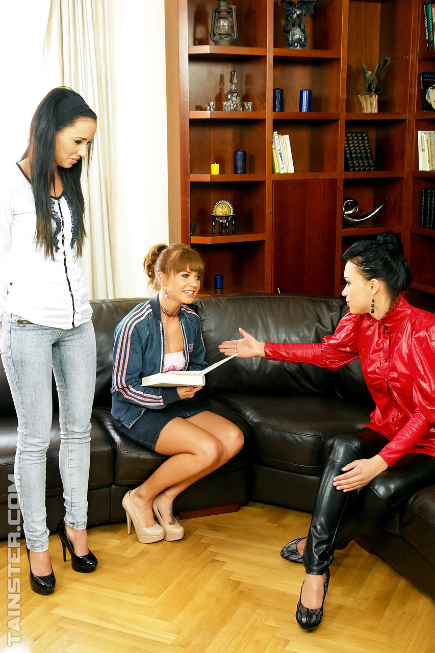Casting interview ends up with three clothed chicks pissing on each other