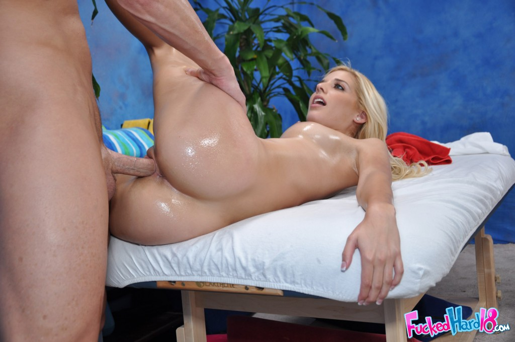 Masseur Fuck Sexy Blonde Wife And Her Husband Knows It