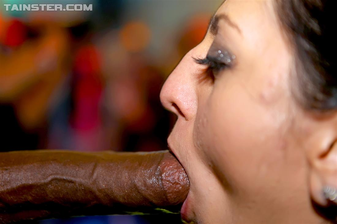 Kisah Porno Perform Oral On A Male