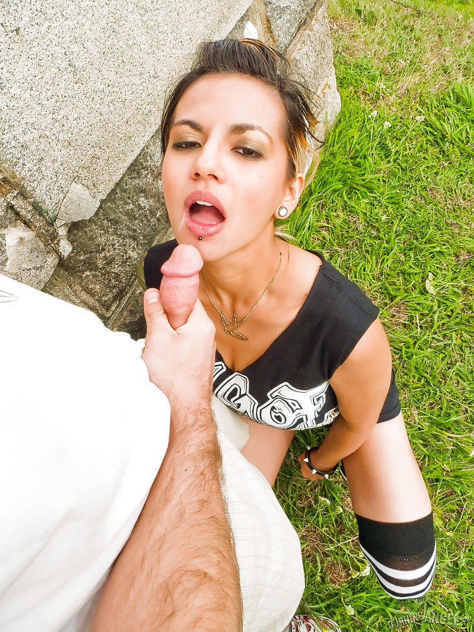 Blowjob gets a mouthful have