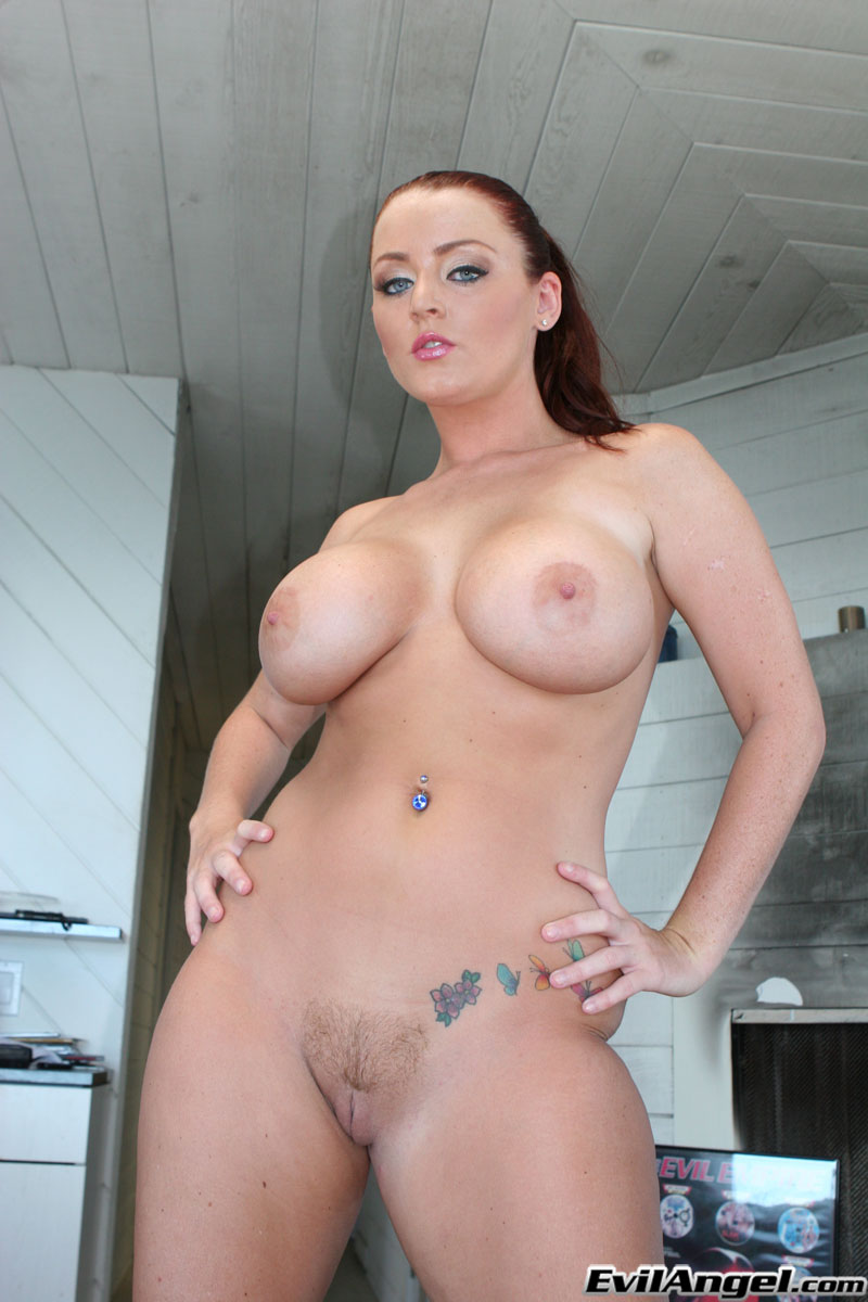 Tattooed babe sophie dee reveals large tits and slides