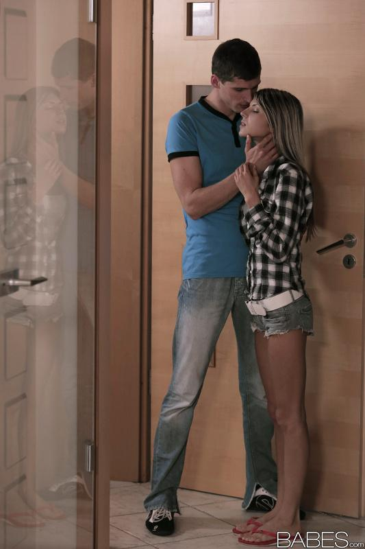 Horny MILF joins teen hottie Gina Gerson and boyfriend for threesome