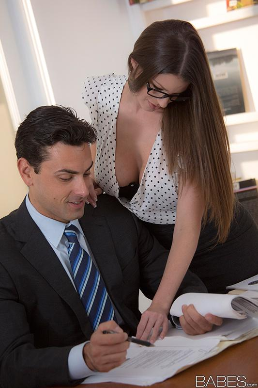 Dela natural huge tits babe fucked in office mahon porn
