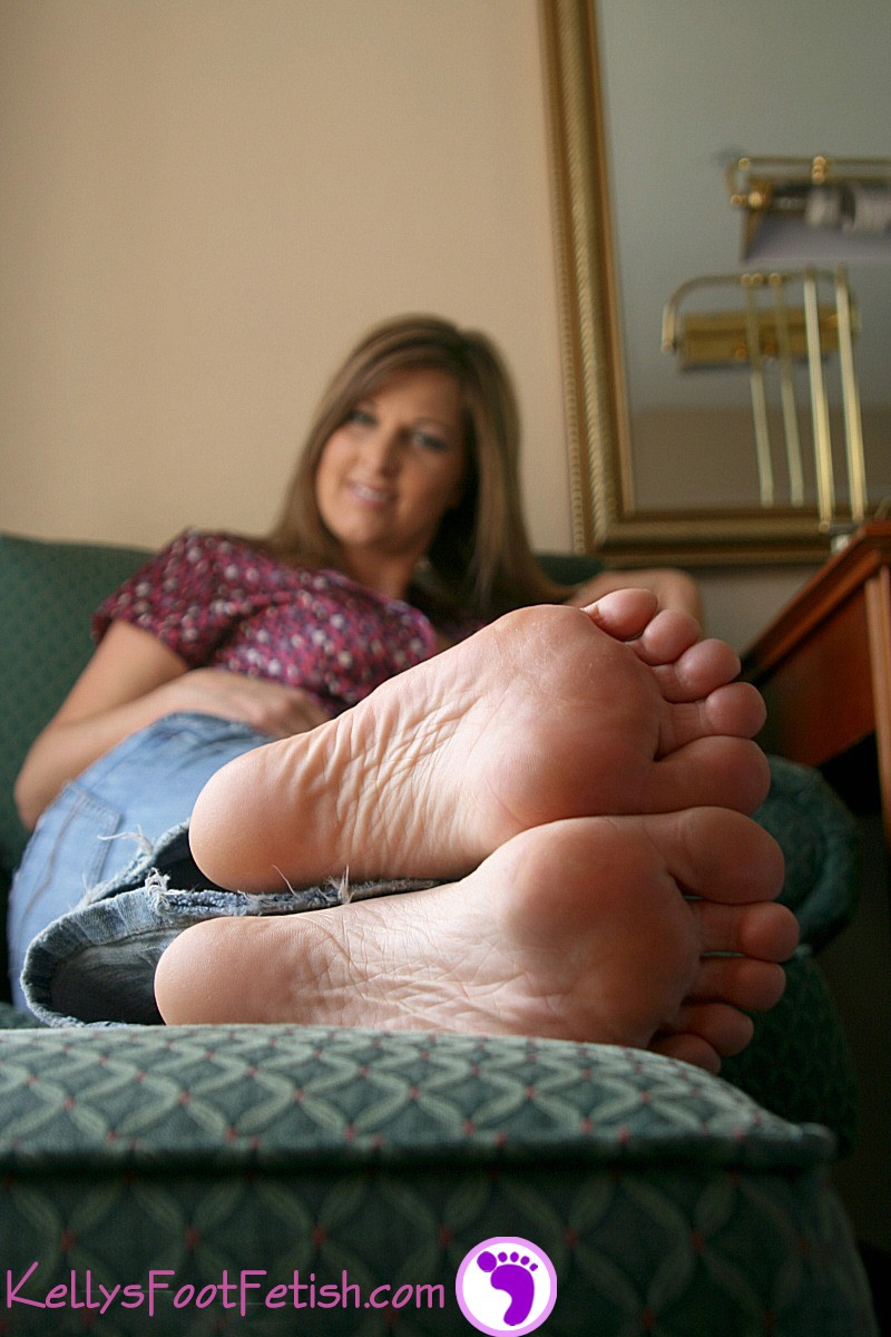Ameture feet porn casually