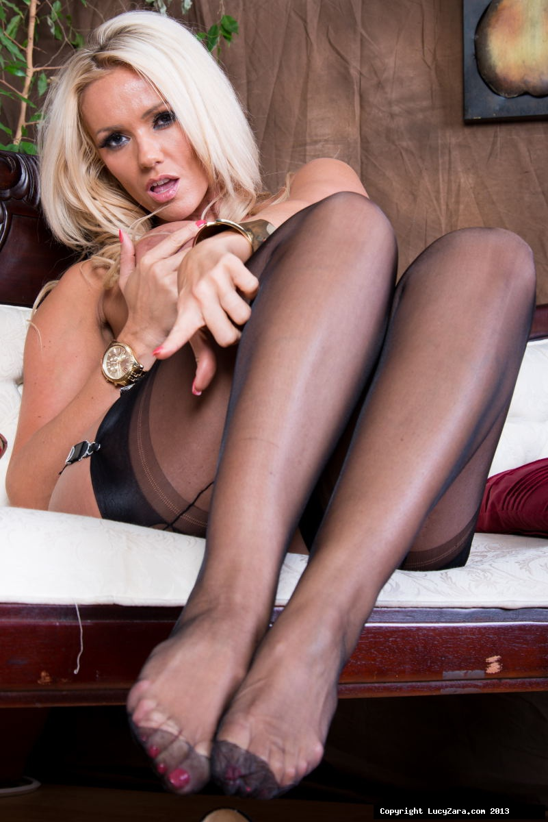 Nude milf in stockings congratulate