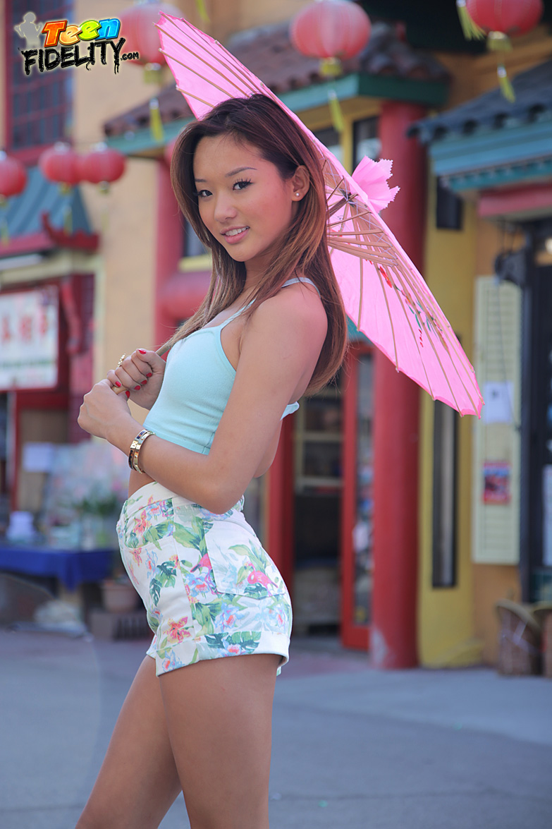 Alina Li Real Name asian teen alina li seduces guy and shows him sex moves he's