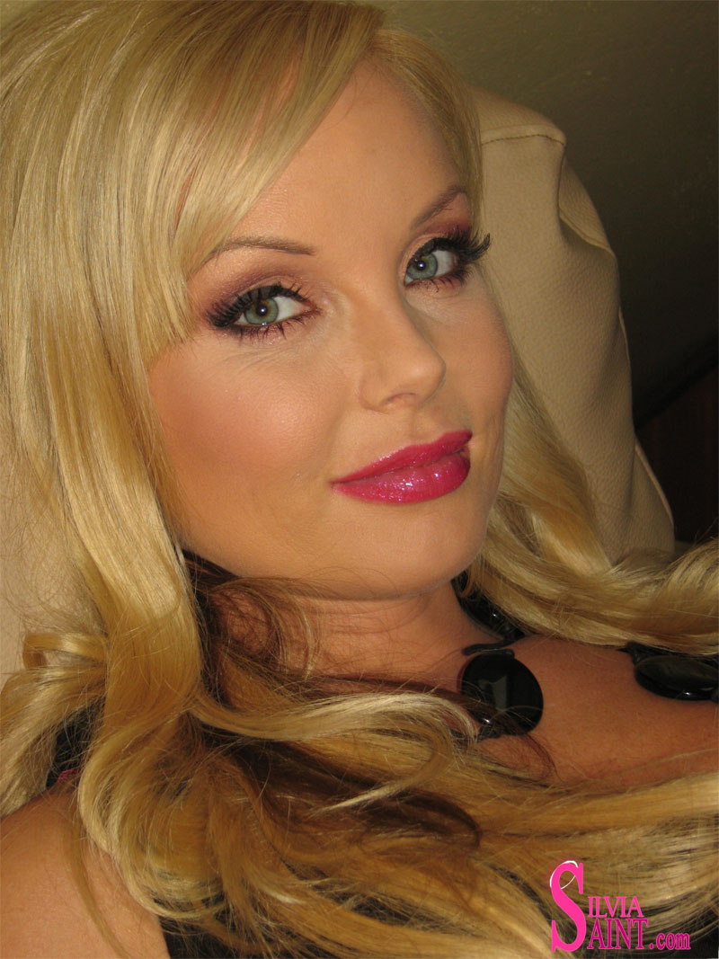 The Silvia saint hot message want