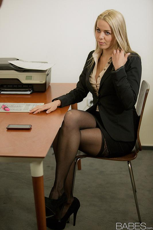 Interracial Secretary Porn Captions - ... Blonde secretary dripping jizz off of tongue after fucking the boss ...