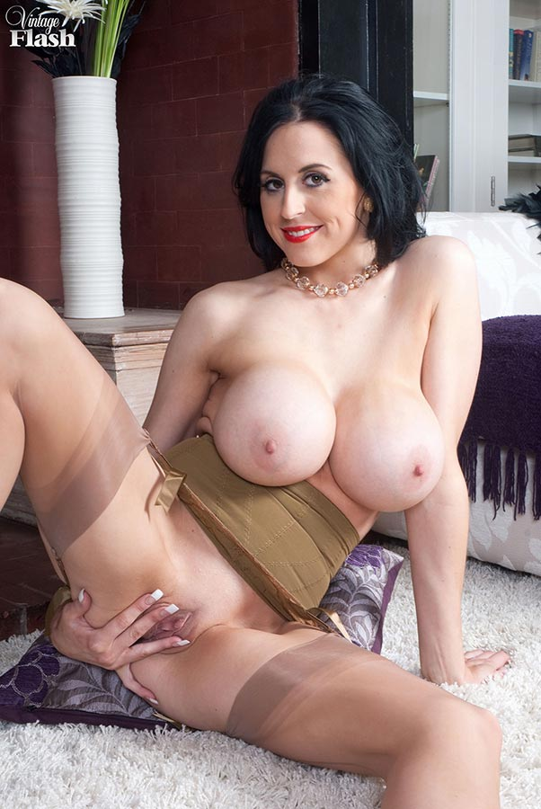Aftons mommy naked