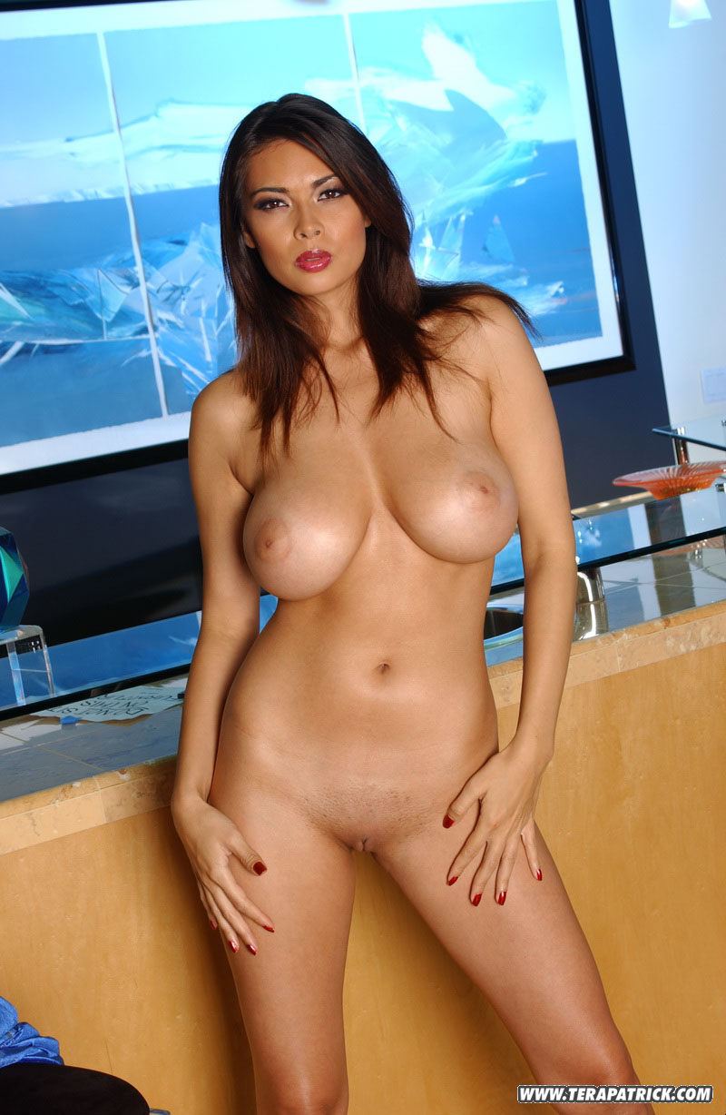tera patrick nude boobs